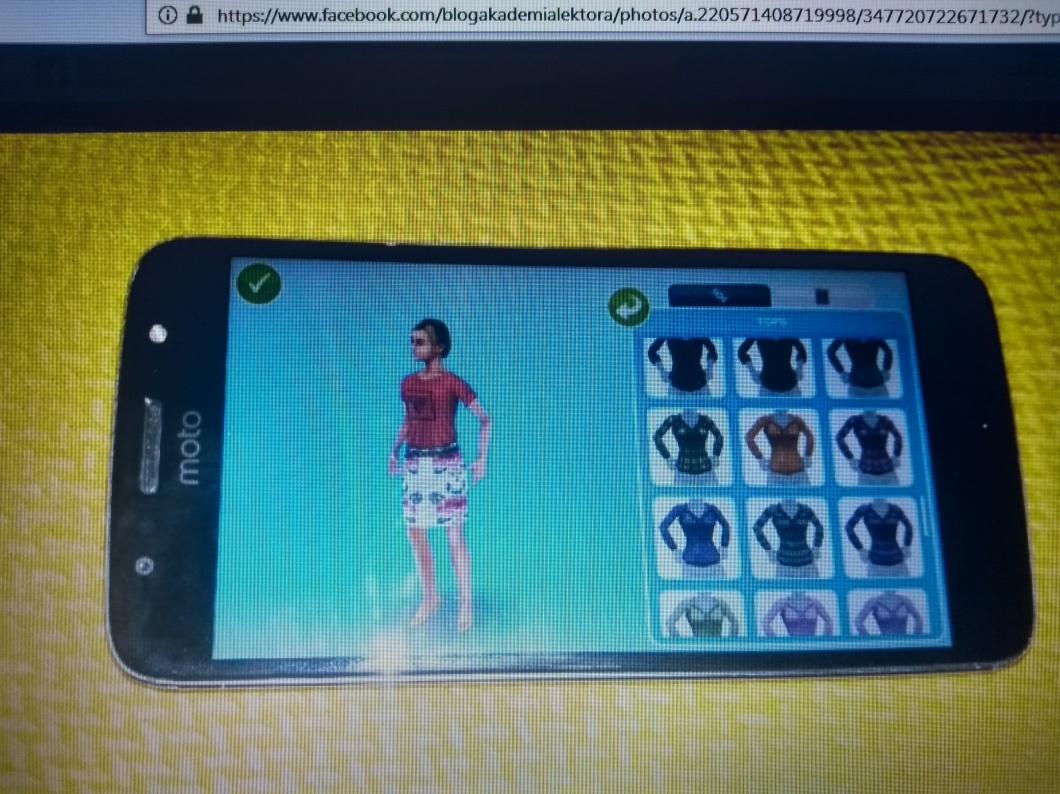 aplikacja the sims