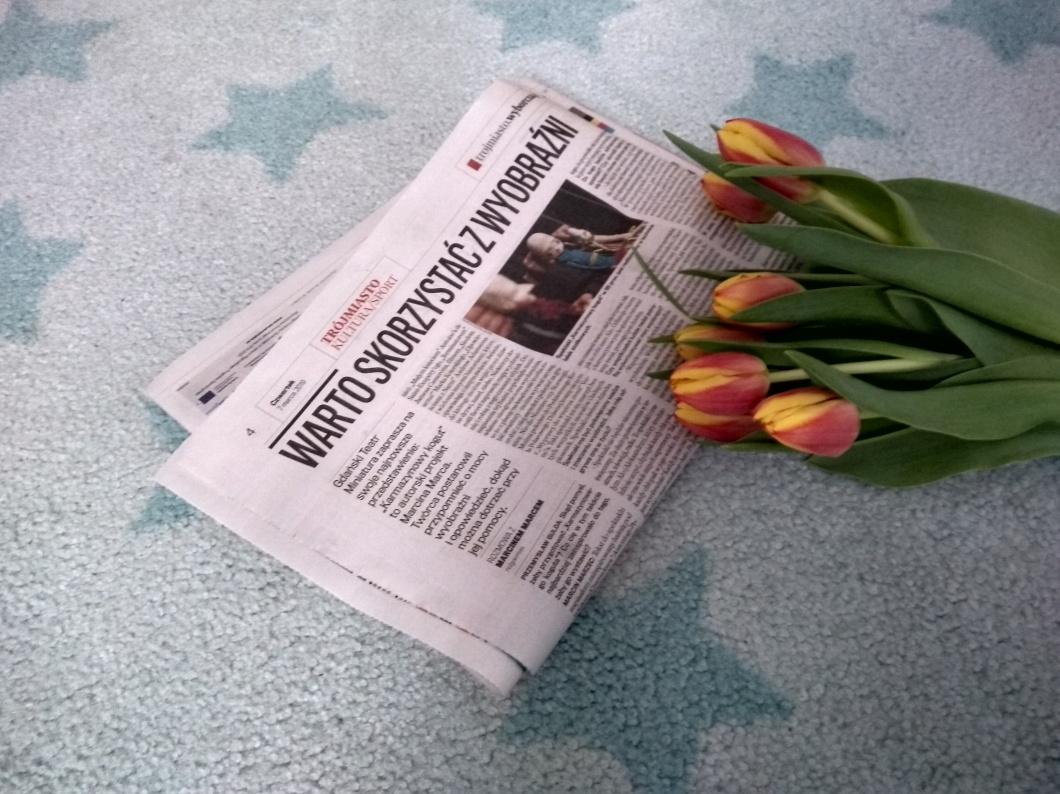 taniec na gazecie.jpg